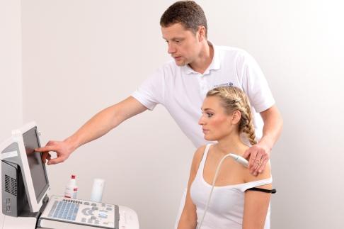 Ruptur der Rotatorenmanschette: Schulterenge (Impingement) schädigt ...